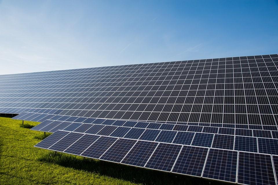 photovoltaic-491702_960_720-min-min.jpg